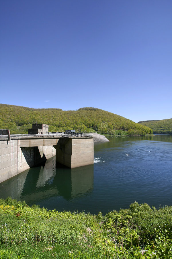 Download Kinzua Dam stock photo. Image of blue, warren, hills, allegheny - 7768382