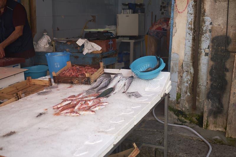Kiosque de poissonnier en La Vucciria photographie stock libre de droits