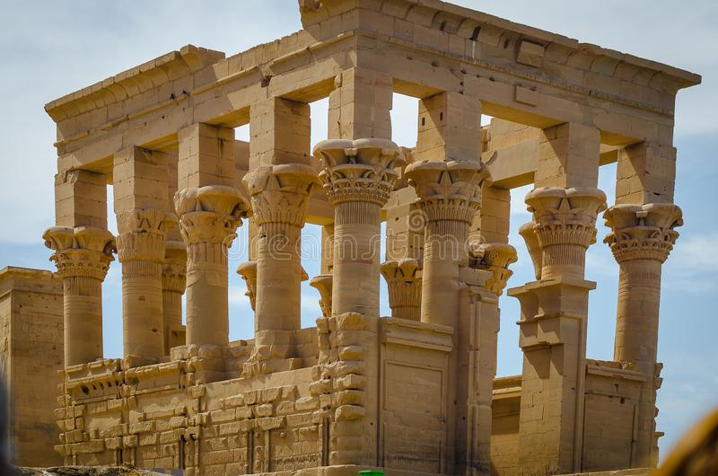 Kiosque de Trajan Temple de Philae images stock
