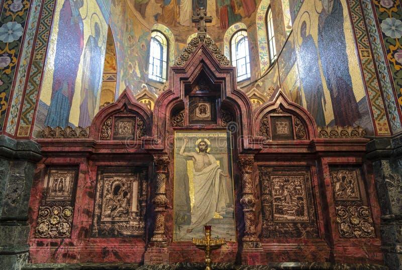 Kiot du nord dans l'église du sauveur sur le sang Un endroit pour les icônes les plus vénérées St Petersburg photos libres de droits