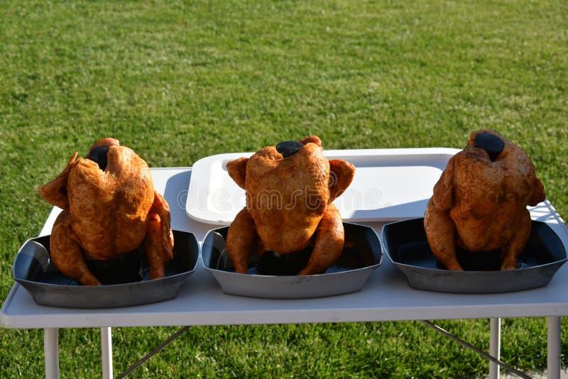 Kip drie voor barbecue royalty-vrije stock afbeeldingen