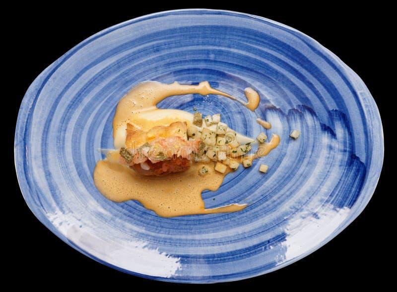 Kippenbroodje met geïsoleerde spinazie en gestoofde selderie, stock afbeelding