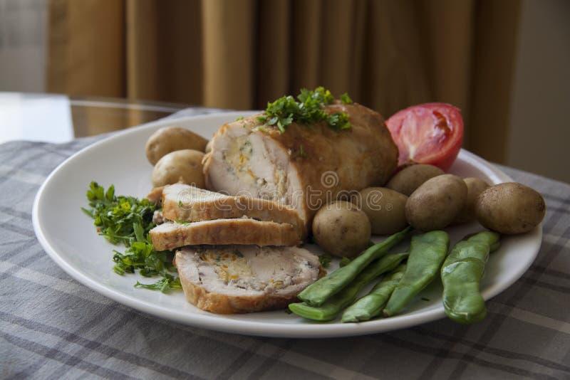 Kippenbroodje met het vullen royalty-vrije stock foto