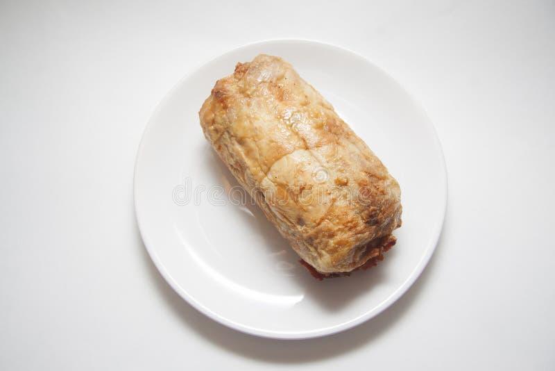 Kippenbroodje op wit stock foto's
