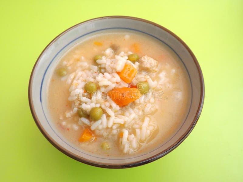 Kippensoep met rijst royalty-vrije stock foto's