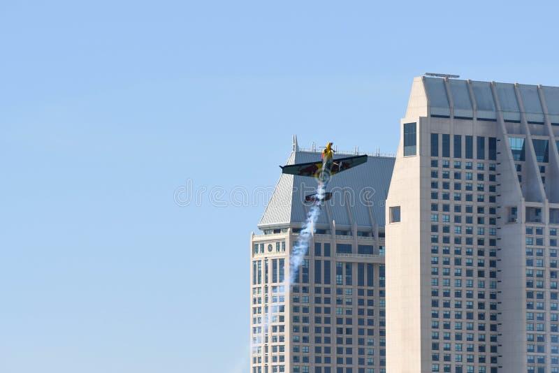 Kirby Chambliss des Etats-Unis exécute pendant la course d'air de Red Bull photos libres de droits