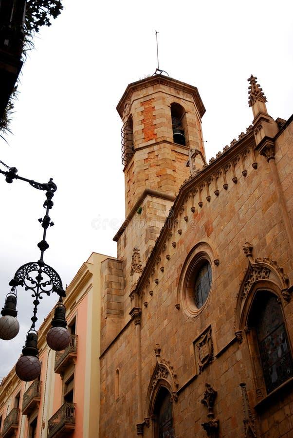 Kirche in Barcelona stockbild