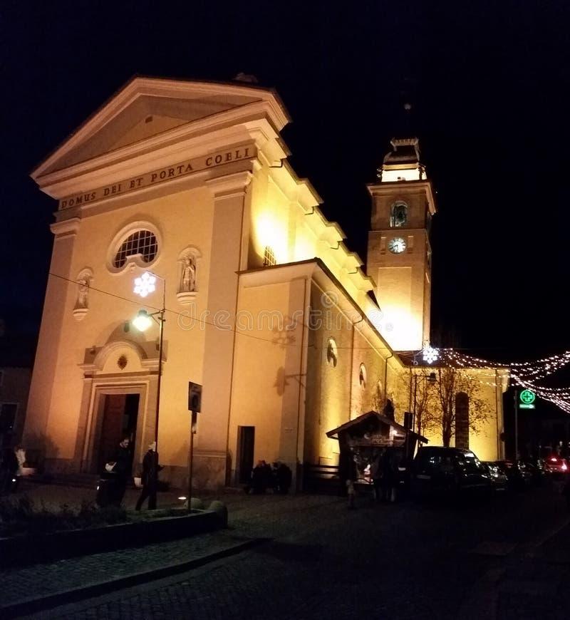 Kirche in Bardonecchia lizenzfreie stockfotografie