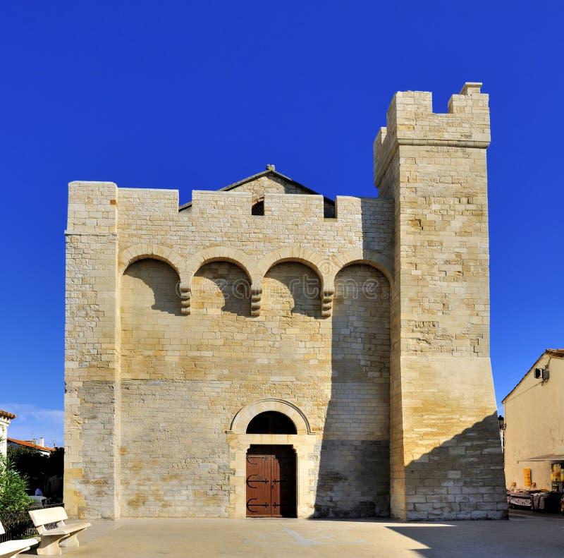 Kirche bei Saintes Maries de la Mer stockbilder