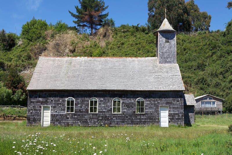 Kirche in Caulin-Dorf, Chiloe-Insel, Chile stockfotografie