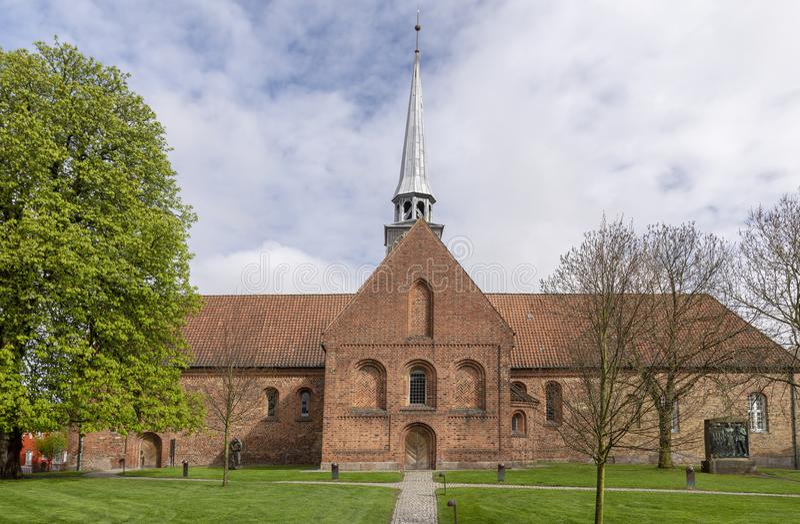 Kirche in der dänischen Stadt Aabenraa stockbilder