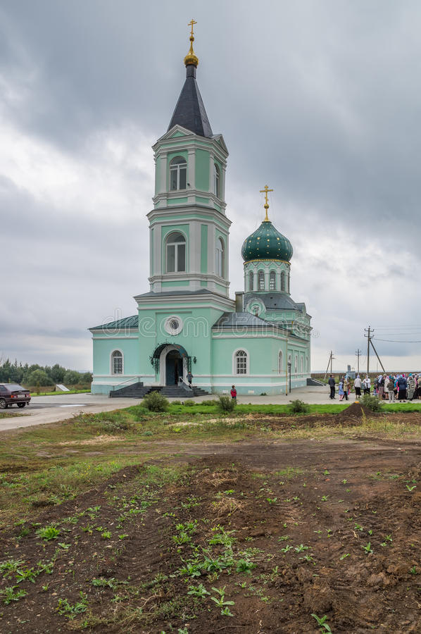 Kirche der Dreiheit (Dreiheit Skete-Dorf, Nischni Nowgorod Region) lizenzfreies stockfoto