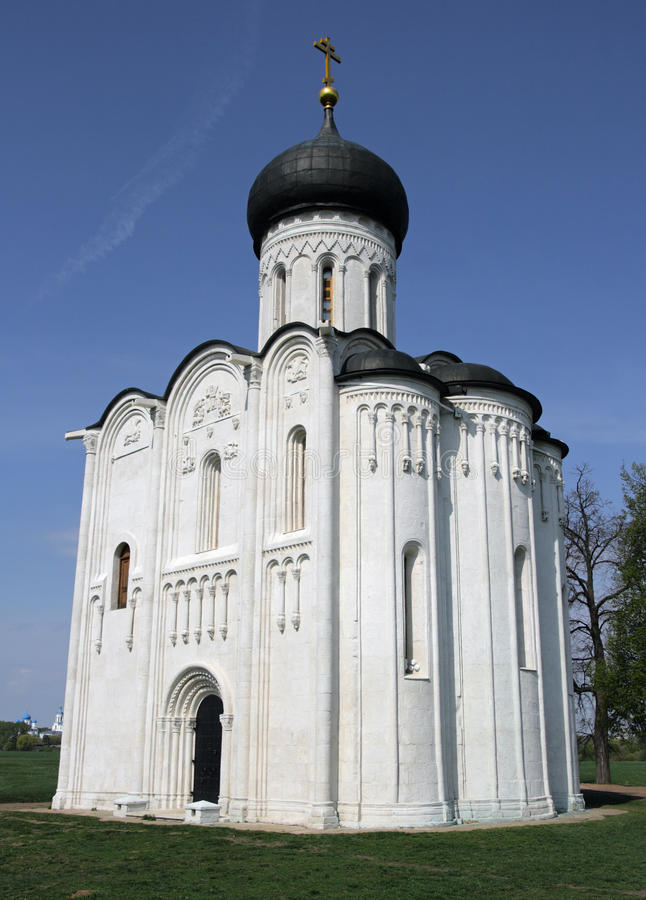 Kirche der Fürbitte auf dem Nerl, Russland stockbilder