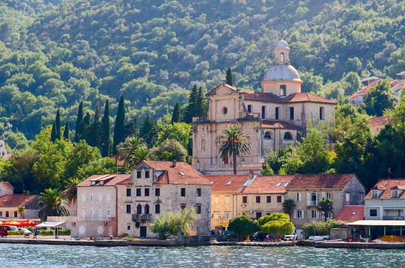 Kirche der Geburt Christi der Jungfrau, Prcanj, Kotor-Bucht, Montenegro lizenzfreies stockfoto