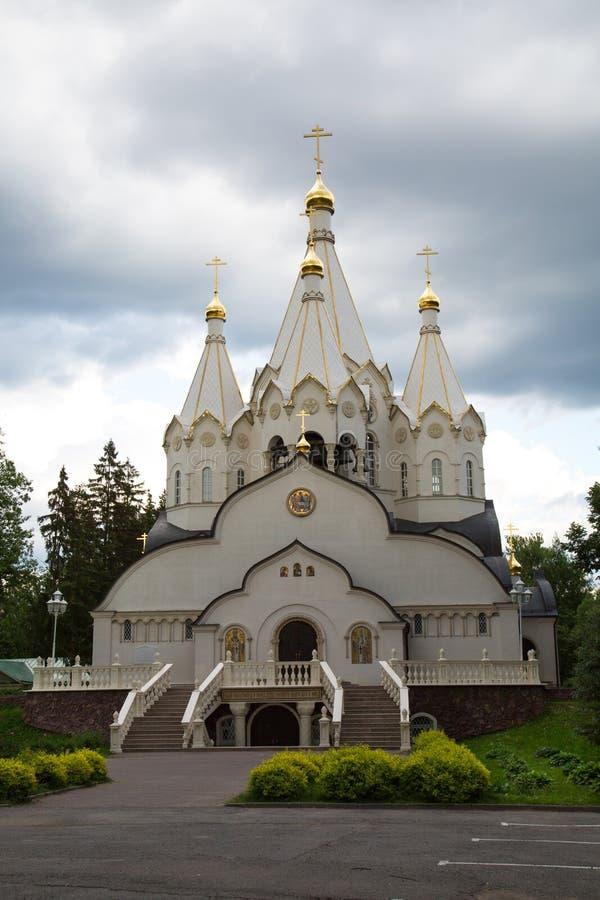 Kirche der neuen M?rtyrer und der Beichtv?ter von Russland-Auferstehung am Butovo-Training lizenzfreies stockbild
