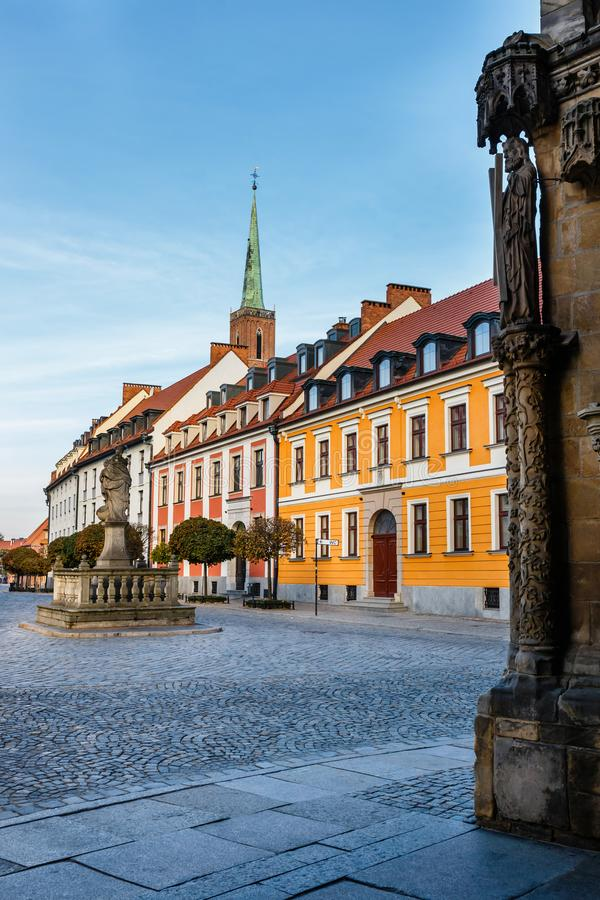 Kirche des heiligen Kreuzes und des St Bartholomew in Breslau, Polen lizenzfreies stockfoto