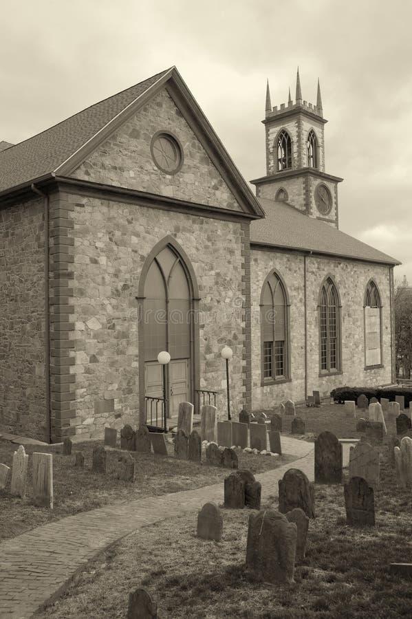Kirche-Friedhof stockfotografie