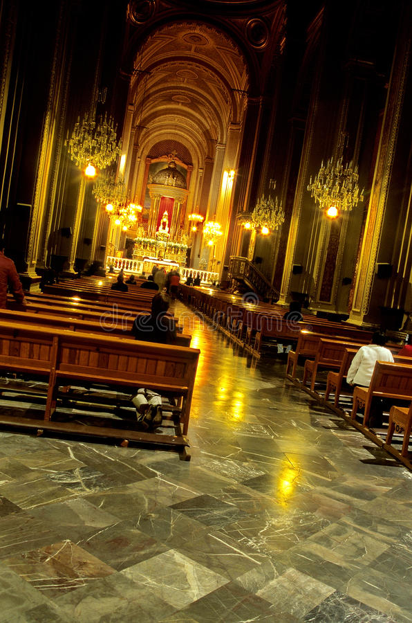 Kirche Innenmorelia, Mexiko lizenzfreie stockbilder
