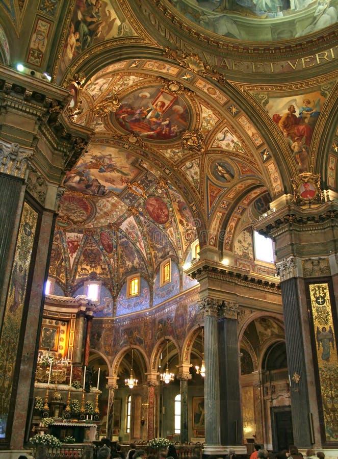 Kirche-Innenraum lizenzfreie stockbilder