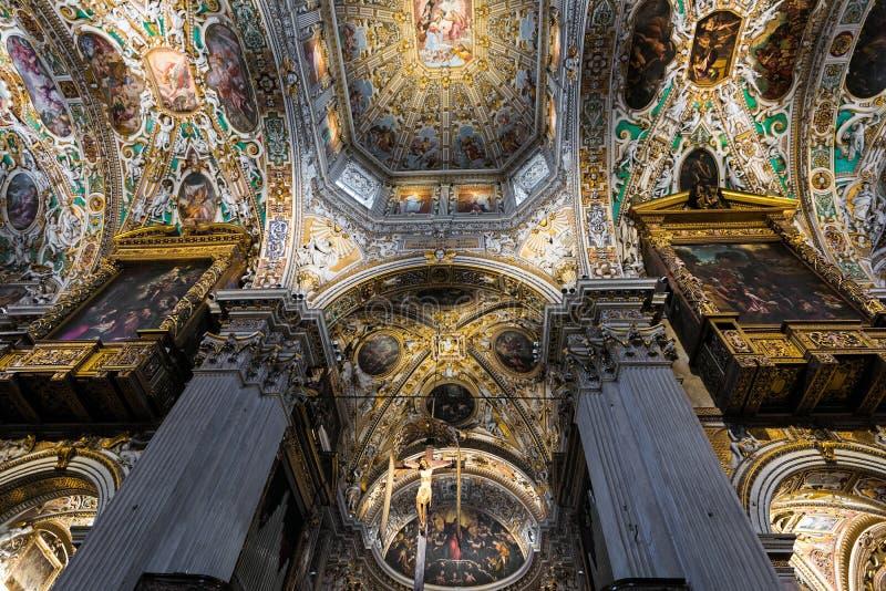 Kirche in Italien lizenzfreie stockfotos