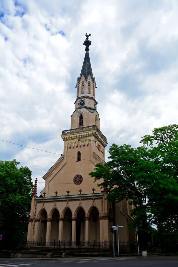 Kirche, Lucenec, Slowakei lizenzfreie stockfotografie
