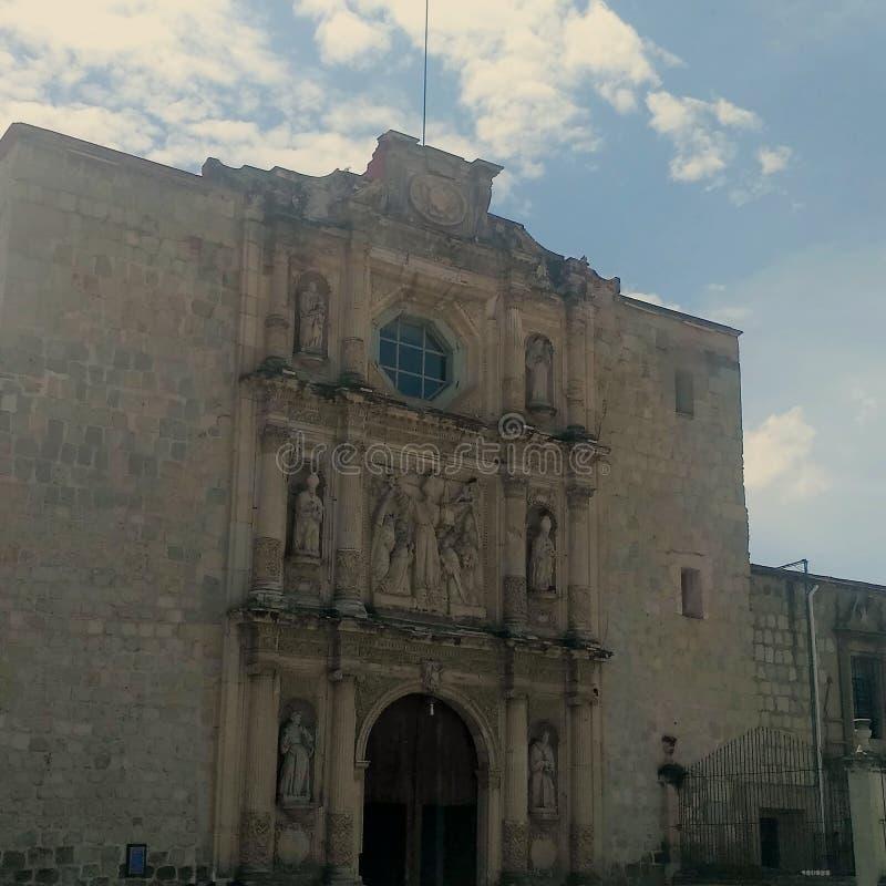 Kirche Oaxaca mit 7 Prinzen stockfoto