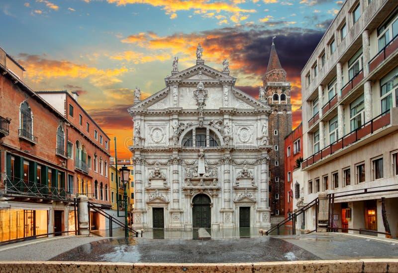 Kirche San Moise in Venedig, Italien stockbilder