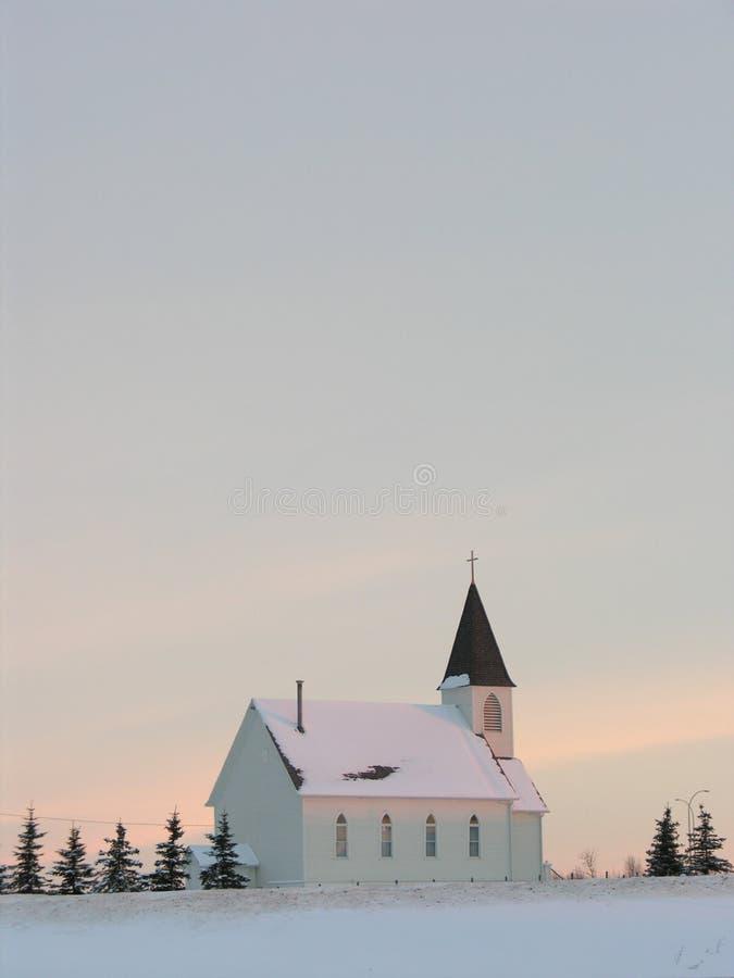 Kirche am Sonnenaufgang stockbilder