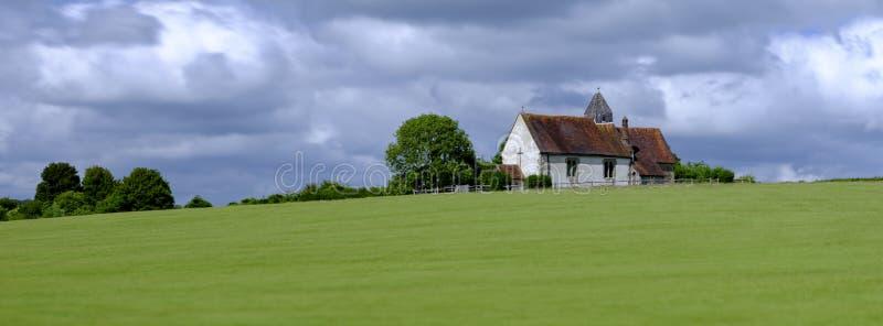 Kirche St. Hubert, Idsworth in den Südabstiegen Nationalpark, Hampshire, Großbritannien lizenzfreies stockfoto