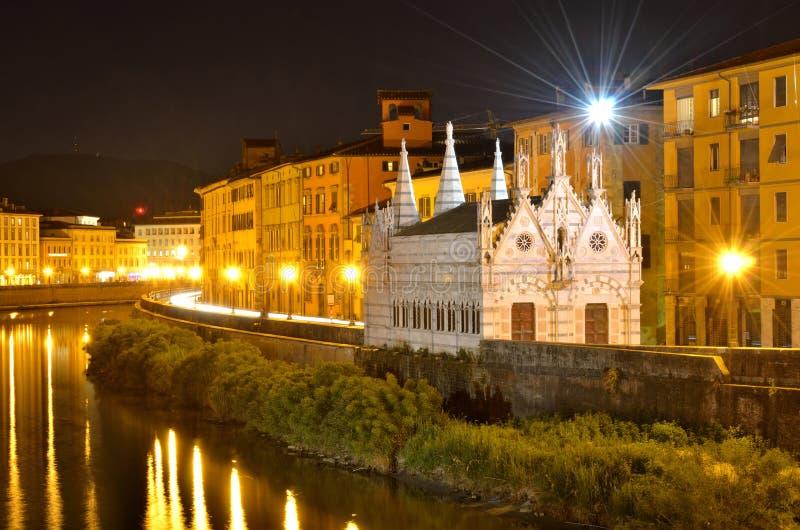 Kirche-Str. Maria dela Spina, Arno-Fluss, Toskana lizenzfreies stockbild
