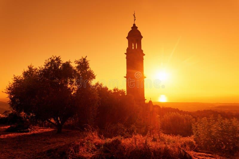 Kirche Taglio Isolaccio in Korsika-Insel stockbilder