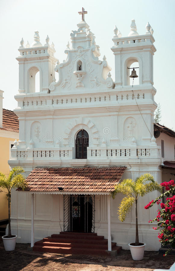 Kirche in Tiracol-Fort lizenzfreie stockfotografie