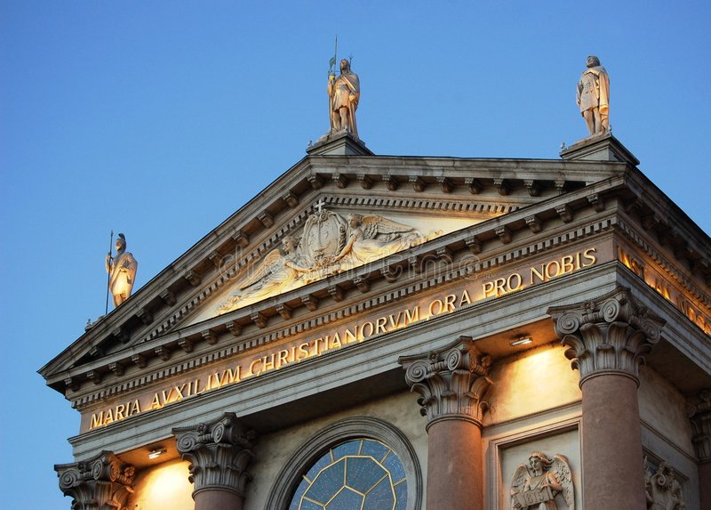 Kirche Tympanum lizenzfreies stockfoto