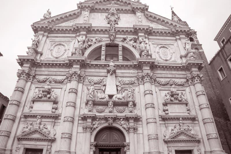 Kirche Venedig Sans Moise; Italien stockbilder