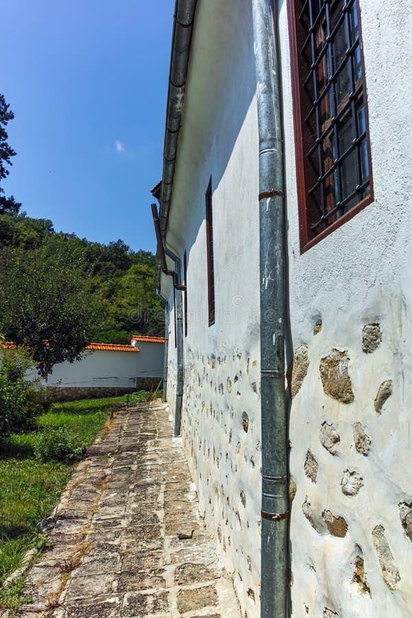 Kirche vom St George des 19. Jahrhunderts bekannt als die Kirche von ehrwürdigem Stoyna an Zlatolist-Dorf, Bulgarien stockfotos