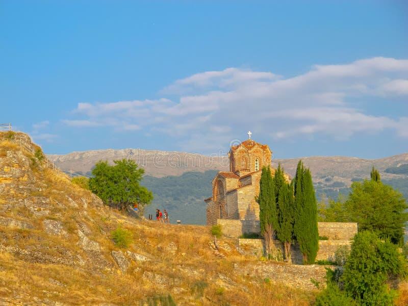 Kirche von Johannes bei Kaneo Ohrid Macedonia stockfotografie