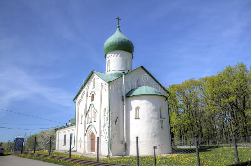 Kirche von Johannes der Evangelist auf Vitka-Fluss lizenzfreie stockfotografie