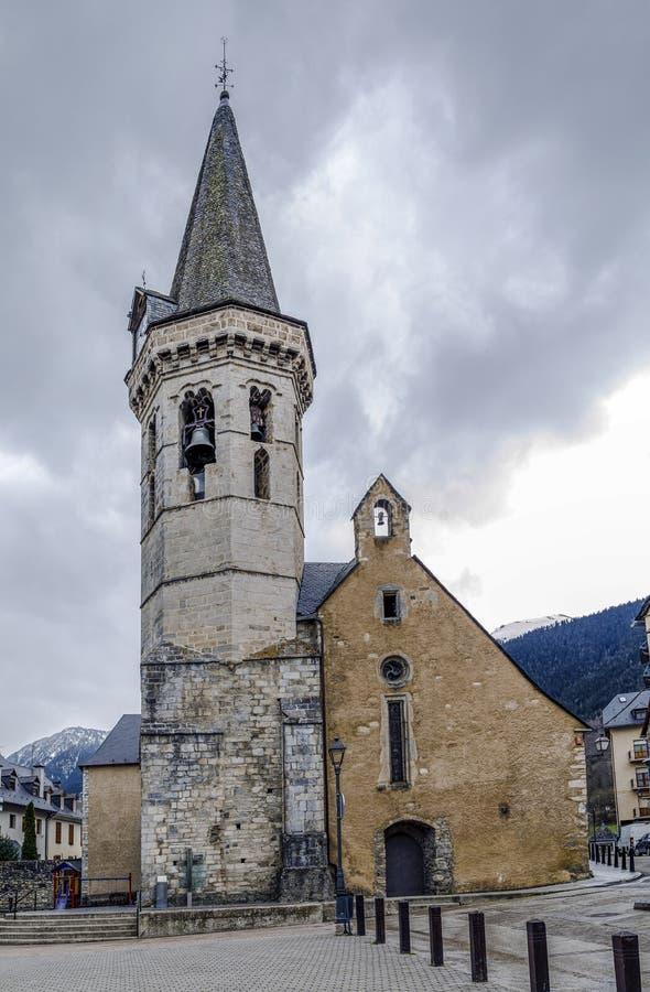 Kirche von San Miguel de Viella Spain stockbild