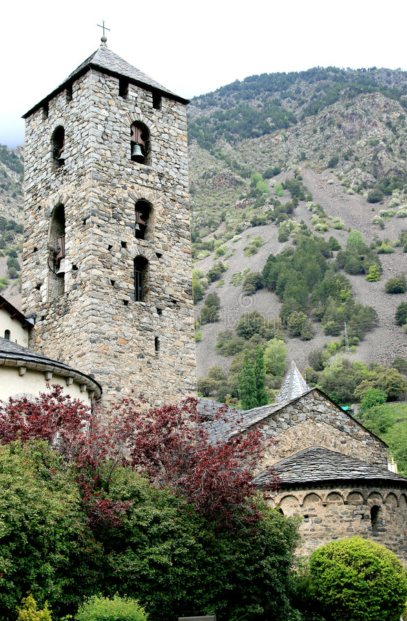 Kirche von Sant Esteve in Andorra lizenzfreie stockfotos