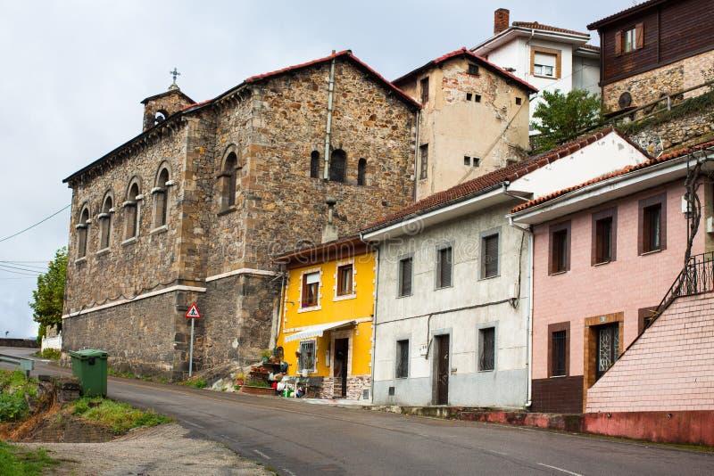 Kirche von Santa Maria Magdalena de la Rebollada Rebollada, Asturien stockbilder