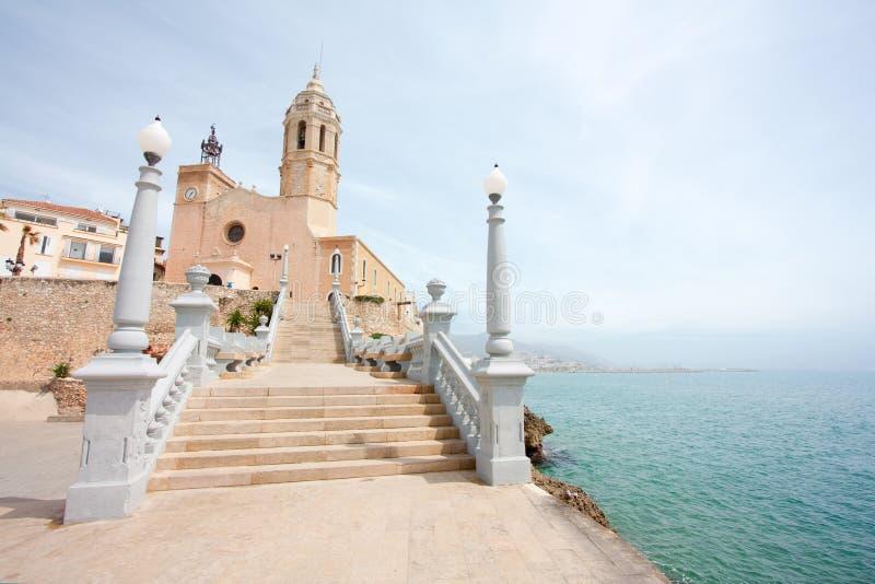Kirche von Santa Tecla in Sitges (Spanien) stockfotos