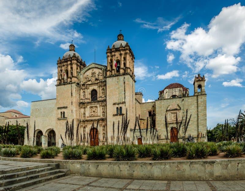 Kirche von Santo Domingo de Guzman - Oaxaca, Mexiko stockfotografie