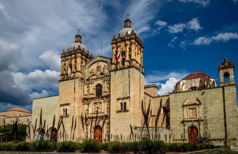Kirche von Santo Domingo de Guzman - Oaxaca, Mexiko stockbilder