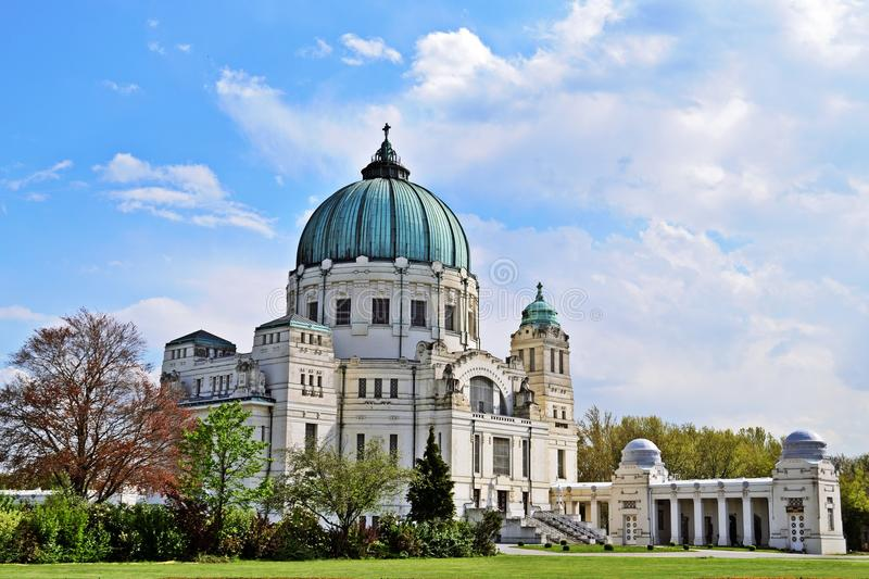 Kirche Zentralfriedhof, Wien imagenes de archivo