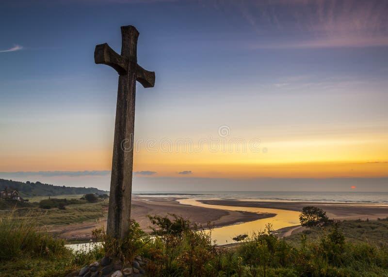 Kirchen-Hügel, Alnmouth lizenzfreies stockfoto