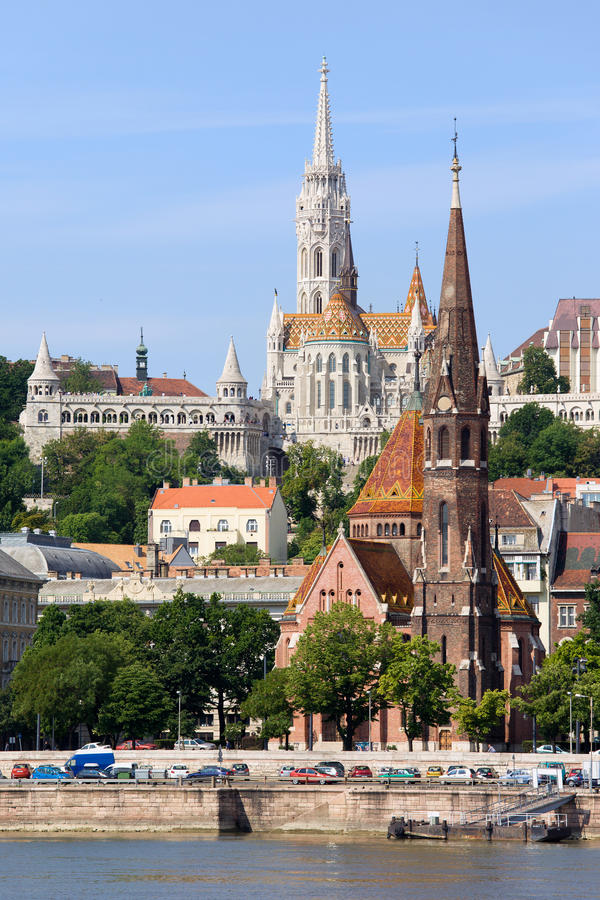 Download Kirchen von Budapest stockbild. Bild von historisch, verbessert - 27735485