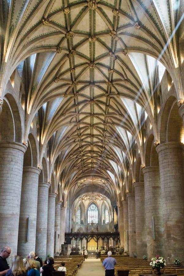 Kirchenschiff von Tewkesbury-Abtei stockbild