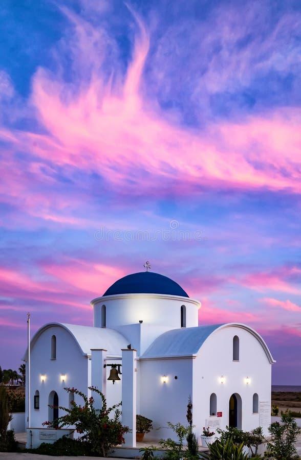 Kirchensonnenuntergang stockbilder