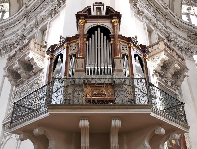 Kircheorgan stockfoto
