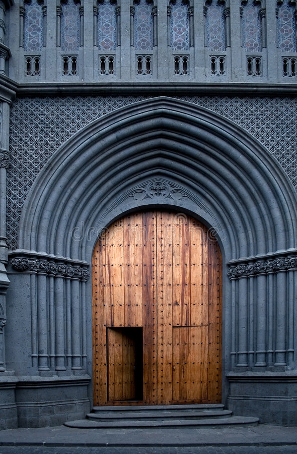 Kirchetür lizenzfreie stockfotos